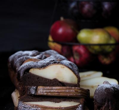 Czekoladowe brownie z gruszkami