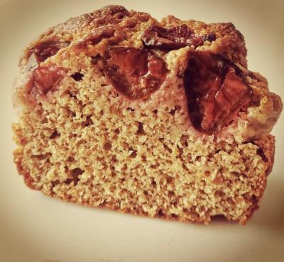 Ciasto ze śliwkami - pełnoziarniste.