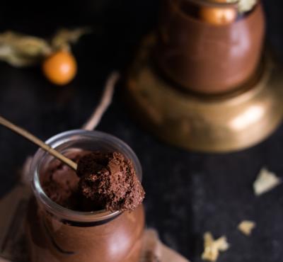 Wegański deser czekoladowy