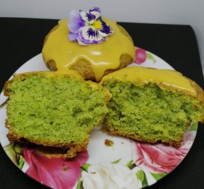 Muffinki z jarmużem.