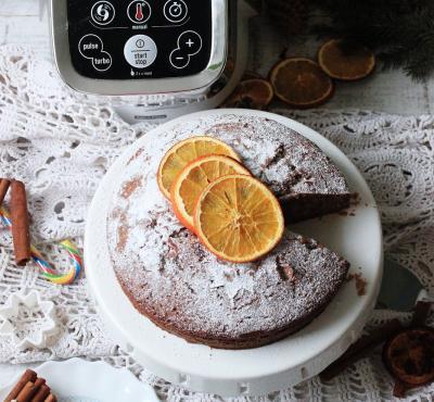 Kruche ciasto z sezonowymi owocami i budyniową pianką