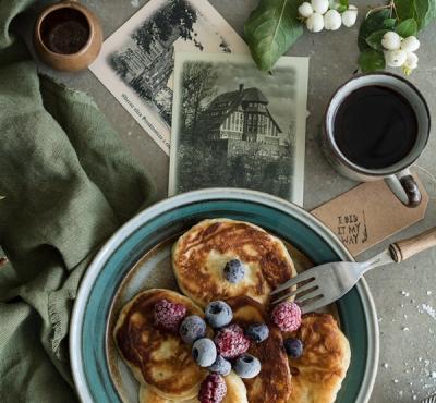 Śniadaniowe placki z maślanki